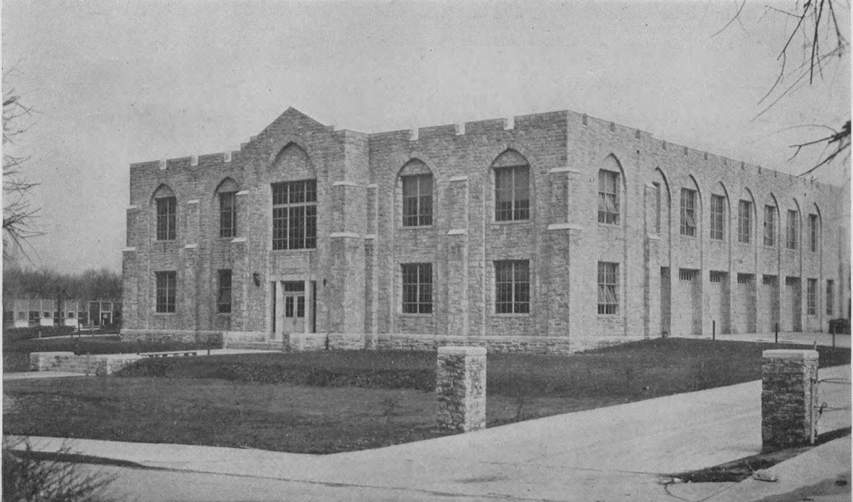 1940: Crowder Hall